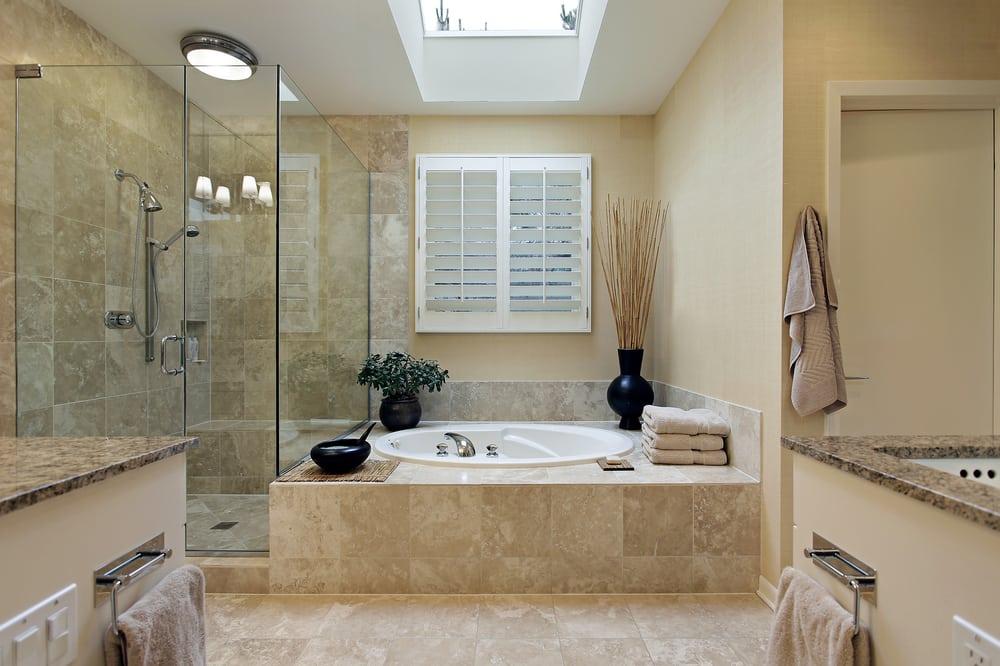ванная комната в бежевом цвете